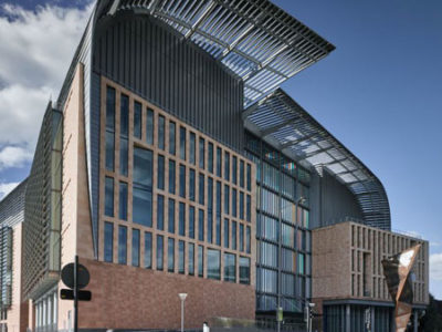 Francis Crick Institute building in Kings Cross